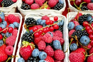 improve diet by eating more fruits